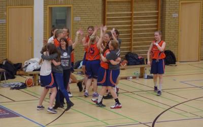 Spieltage 18./19.02.2017: Baskets-Damen holen die Meisterschaft!
