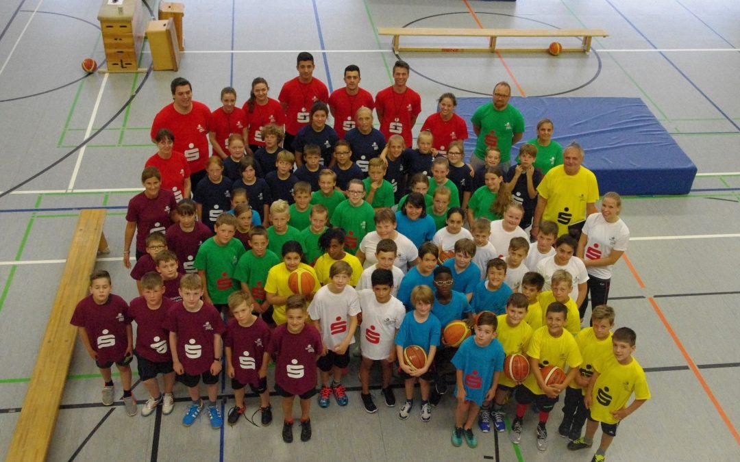 Verein trifft Schule: Grundschulliga Basketball in zweiter Auflage